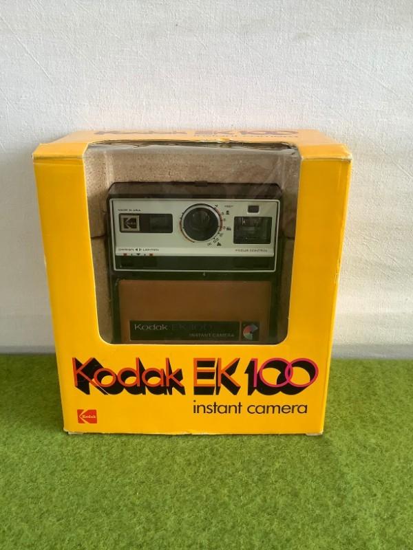 Instant camera Kodak EK100